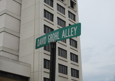 Dave Grohl Alley (Warren, OH) 4/16/13