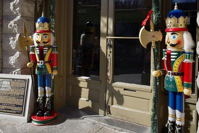 Entrance, Basin Park Hotel, with nutcracker statues.