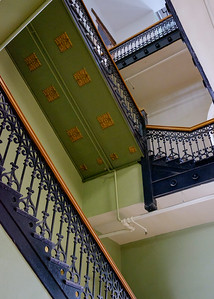 courthouse_stairs-t0828