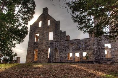 Mansion ruins at Ha Ha Tonka State Park near Camdenton, Missouri. HDR processing.