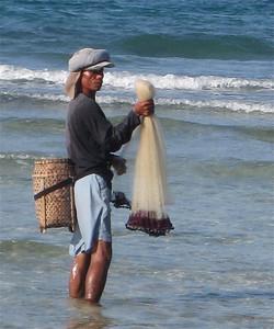 Het net is klaar voor een nieuwe vangst. Siquijor, de Filipijnen.