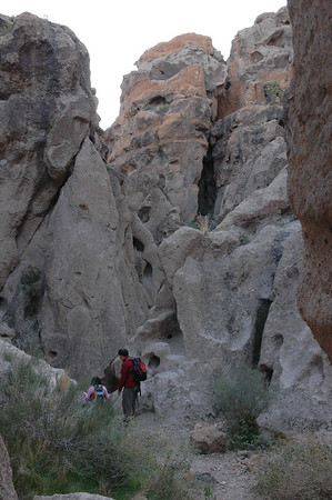 Hole in the rock trail, going down, Mohave National Preserve, CA