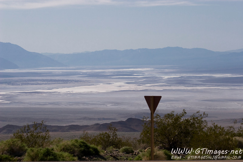 Looking south into Death Valley, while crossing Daylight Pass.
