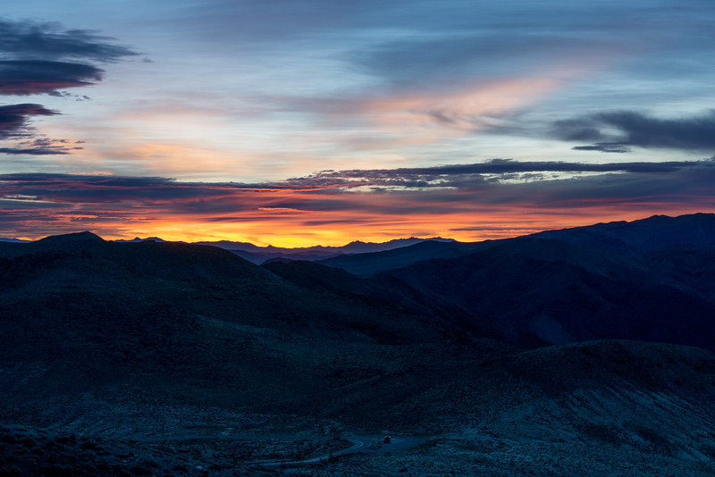Sunrise from Dante's View, a mountain top at 5476 feet (1669 meters).