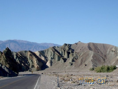 Hiway 190 <br /> We left the 127 a few miles back and are heading into Death Valley