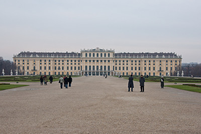 There it is, Schoenbrunn Palace from the fountain. Did I mention it's cold outside?