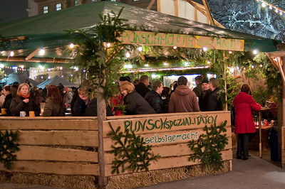 The hot mulled wine stands are always popular. With good reason, it really does warm you up...