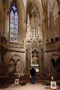 A nice side altar.