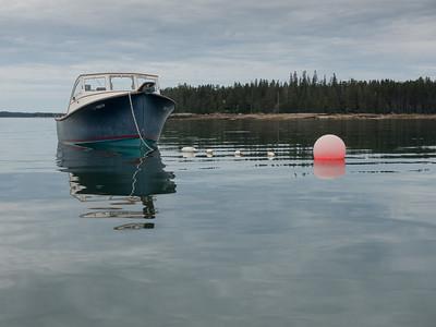 20150724.  Motorboat in Webb Cove , Deer Isle, ME.