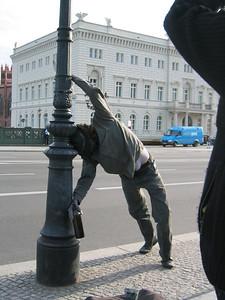 Street Artist on Unter Den Linden