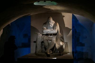 Statue of Holger Dansk under the castle