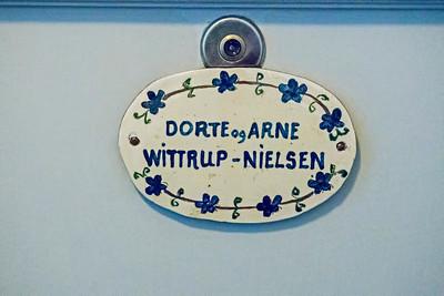 Plate on Dorte and Arne's door