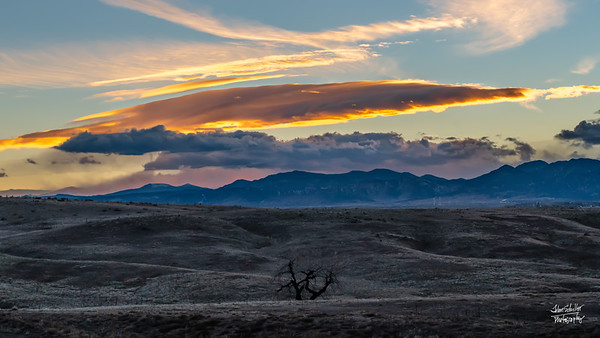 Sunset looking west.  Shot on November 1, 2018 from Broomfield, CO.  ©John Schiller Photography looking west toward Lafayette CO.  Shot on November 2, 2018 from Broomfield, CO.  ©John Schiller Photography
