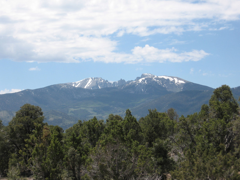I think this is Wheeler Peak, the second-highest peak in Nevada, part of Great Basin National Park. I camped in Lower Lehman Creek Campground in the park. Total for the day: 70.2 miles, 10.6 mph.