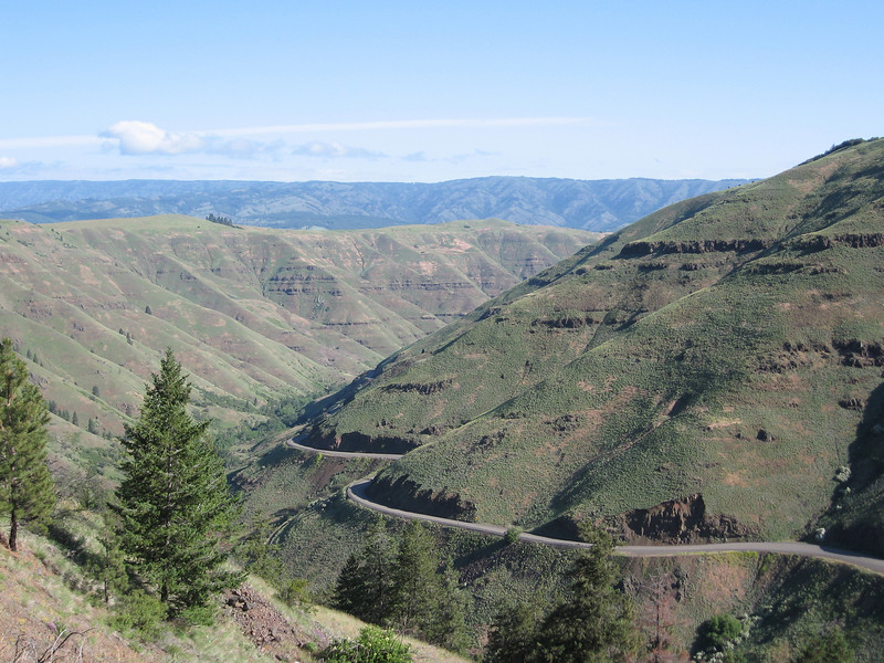 Going up on the other side of the Grande Ronde was a fairly steep uphill of over 3000 feet.