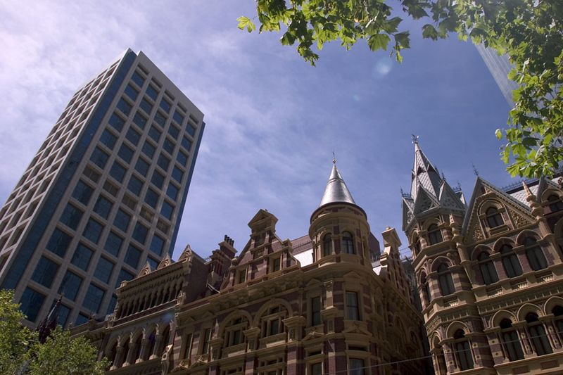 Melbournes skyline is a tasteful blending of old and new architecture, Melbourne, Australia