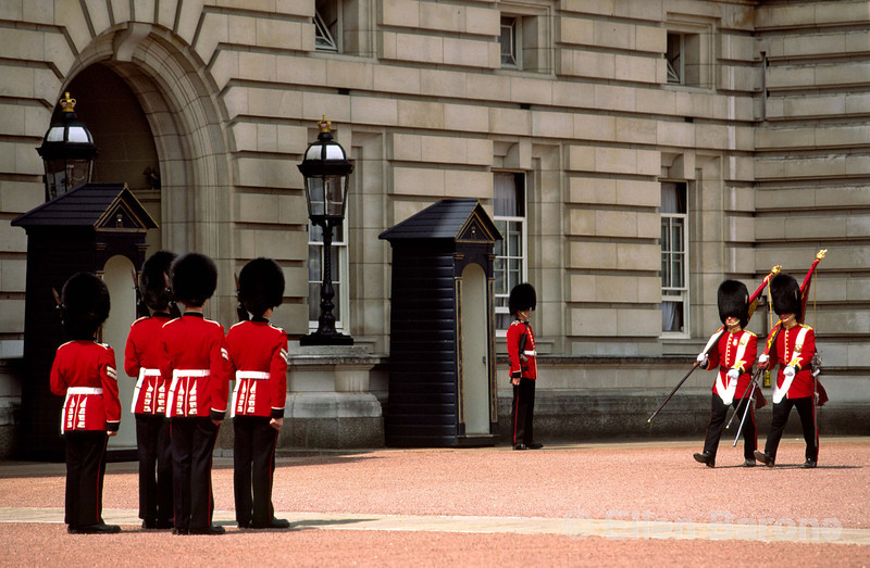 The Changing of the Guard, the traditional daily military ceremony where the palace keys are handed by the old guard to the new, Buckingham Palace, London, England.