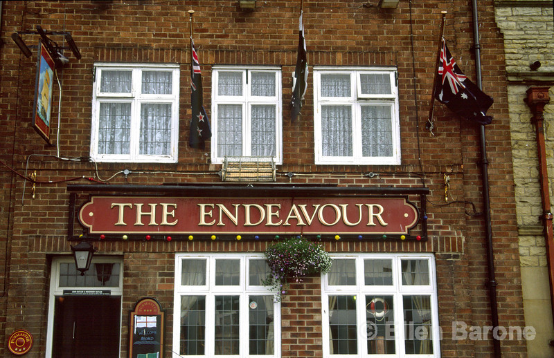 The Endeavour is one of Whitby's most popular pubs among locals, taking it's name from the famous explorer ship captained by Captain James Cook, who as a teenager apprenticed to a Whitby shipping firm. Whitby, Yorkshire, England.