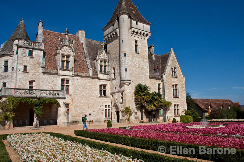 Chateau Les Milandes, former residence of American performer Josephine Baker, Queen of Parisisan music-halls in the 1930s, Dordogne River valley, France.