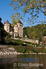 Chateau, Dordogne River, la Roque Gageac, France.