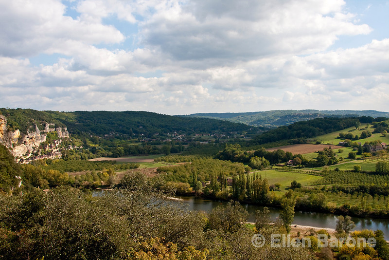 Panoramic view of Dordogne River valley  and cliffside village of la Roque Gageac, as seen from Chateau Marquayssac, Dordogne, France.