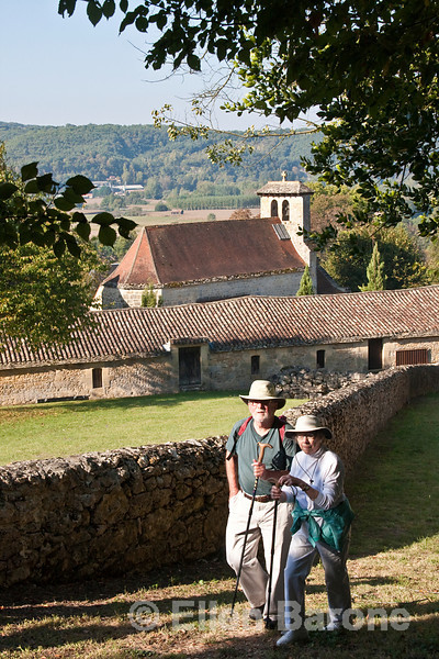 Wayfarers Connie and David Pyle, Dordogne, France.
