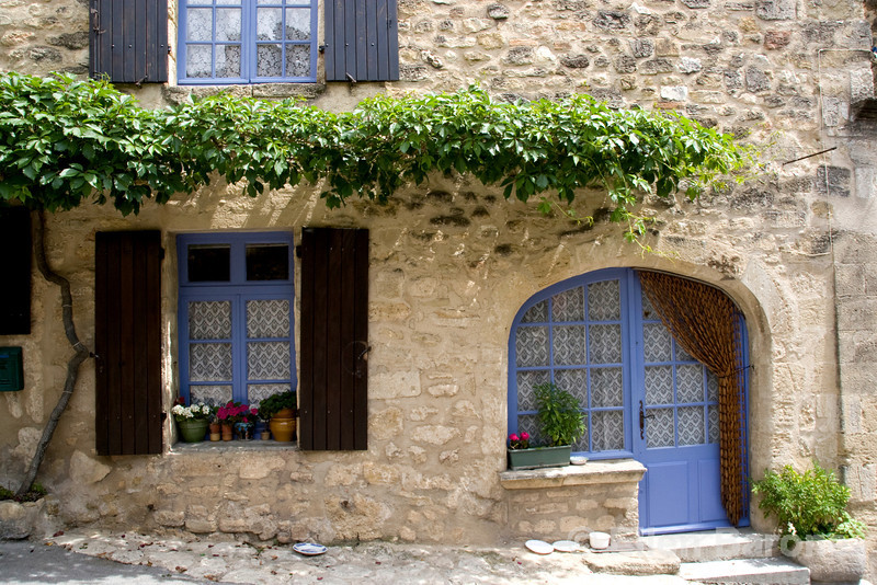 Village home, Cucuron, Provence, France, Europe