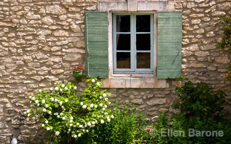 Window detail, Buoux, the Luberon, Provence, France, Europe.
