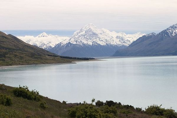 Lake Tekapo with magestic Mount Cook in the background, South Island, New Zealand