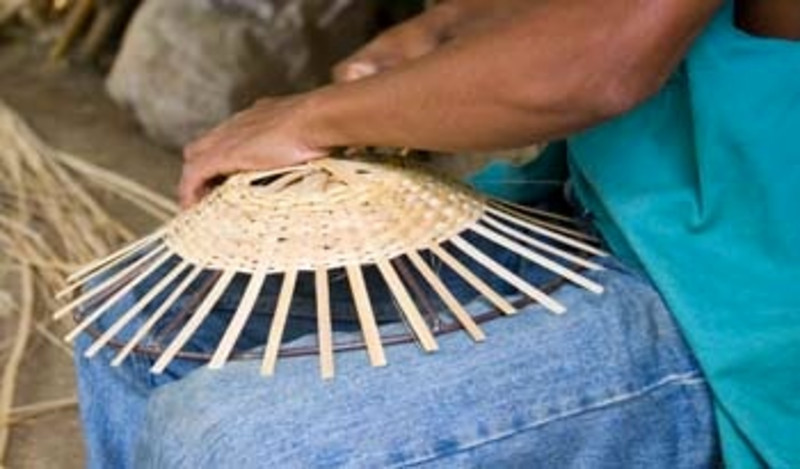 making baskets from bamboo, Catarina, Nicaragua, Central America