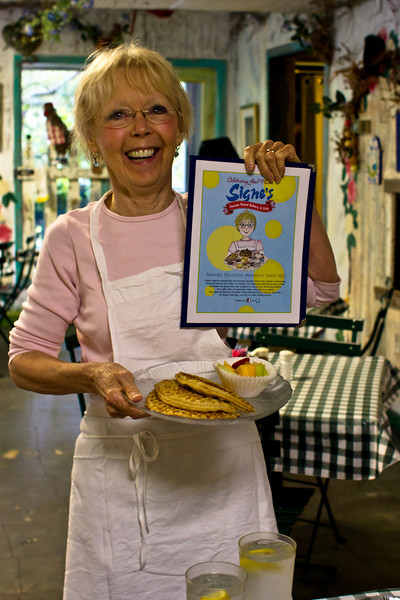 Signe of Signe's Heaven Bound Bakery & Cafe, Hilton Head Island, South Carolina, USA, North America.
