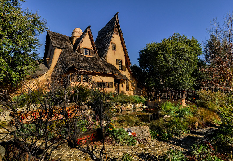 """""""The Witch's House"""""""