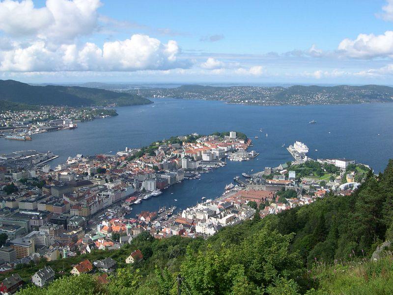 View of Bergen harbor from the top of Mount Floyen
