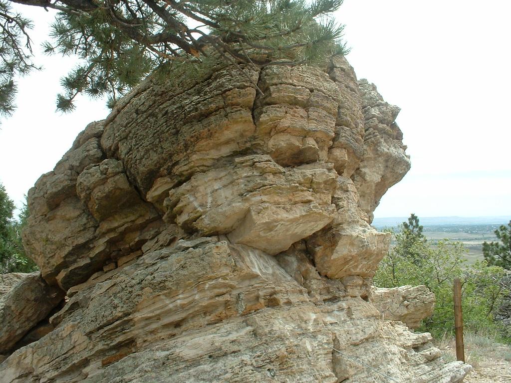 2006 - Morrison-Red Rocks area - views from Dinosaur Ridge - hello big daddy!
