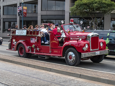 Antique fire engine used for sightseeing tours