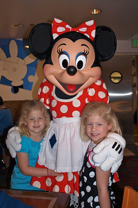 Minnie Mouse @ Chef Mickey's.