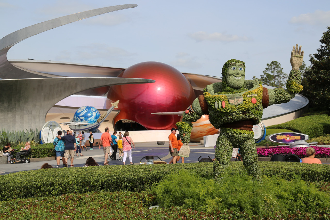 "EPCOT - ""Buzz Lightyear"" topiary (well placed in front of Mission: Space)"
