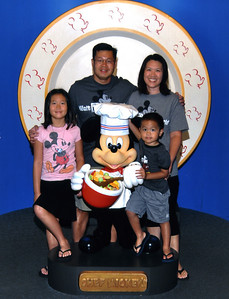 8:50AM Breakfast at Chef Mickey's in the Contemporary Resort