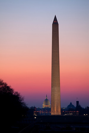 Washington monument just before sunrise in early April.