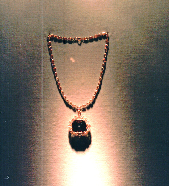 Gem Stones in Jewelry - National Museum of Natural History - Washington, DC  3-29-92