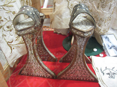The ultimate platform shoes!  Worn by Turkish ladies in the hamam so they didn't burn their feet.