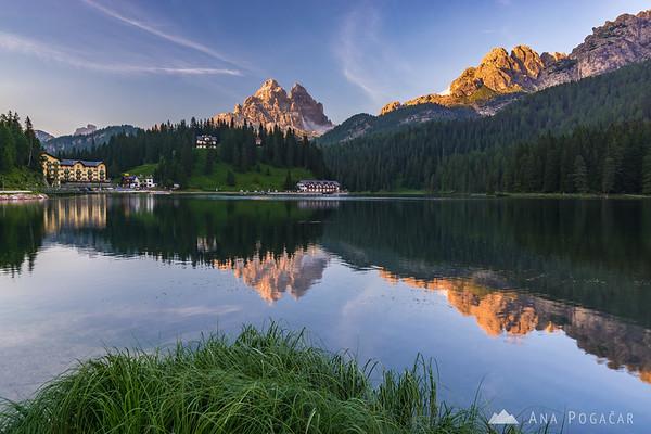 Lago di Misurina and Tre Cime di Lavaredo in late afternoon sun