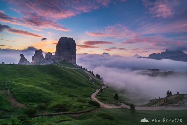 Misty sunrise at Cinque Torri