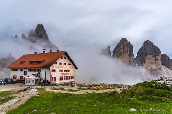 Rifugio Locatelli and Tre Cime in the mist after rain