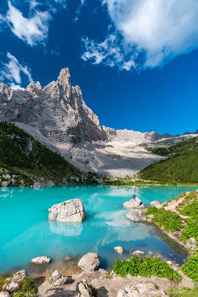 Lago di Sorapiss on a sunny summer morning