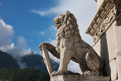 Bolzano Lion version 2 from Waltherplaza