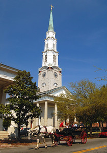 "If it's the Old South, there must be plenty of churches.  The Independent Presbyterian Church with its 227'6"", 180-ton cast iron steeple is one of the most impressive.  The original church was built in 1819, destroyed by fire in 1889, and rebuilt in 1891.  Woodrow Wilson was married here."