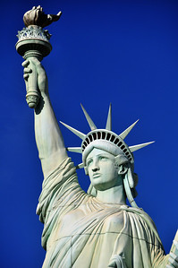 If a curious traveler wanted to take in the Statue of Liberty...