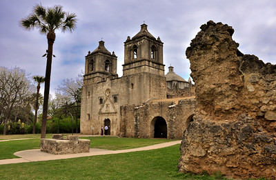 Mission Nuestra Señora de la Purísima Concepción de Acuña took about 20 years to build. Dedicated in 1755, it appears very much as it did over two centuries ago. Due to the fact that it was built directly on bedrock, it remains the best preserved of all the San Antonio missions.
