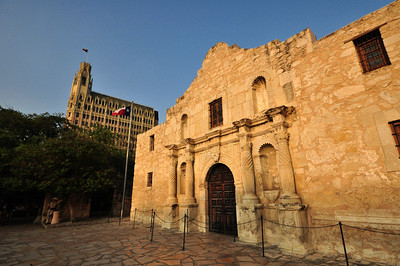 But in 1904, to save the structure from demolition, a local San Antonio resident named Claire Driscoll stepped in and purchased the Hugo & Schmeltzer building.  The next year the State of Texas agreed to reimburse Mrs. Driscoll, known as the Savior of the Alamo, and took title to the Hugo & Schmeltzer building.
